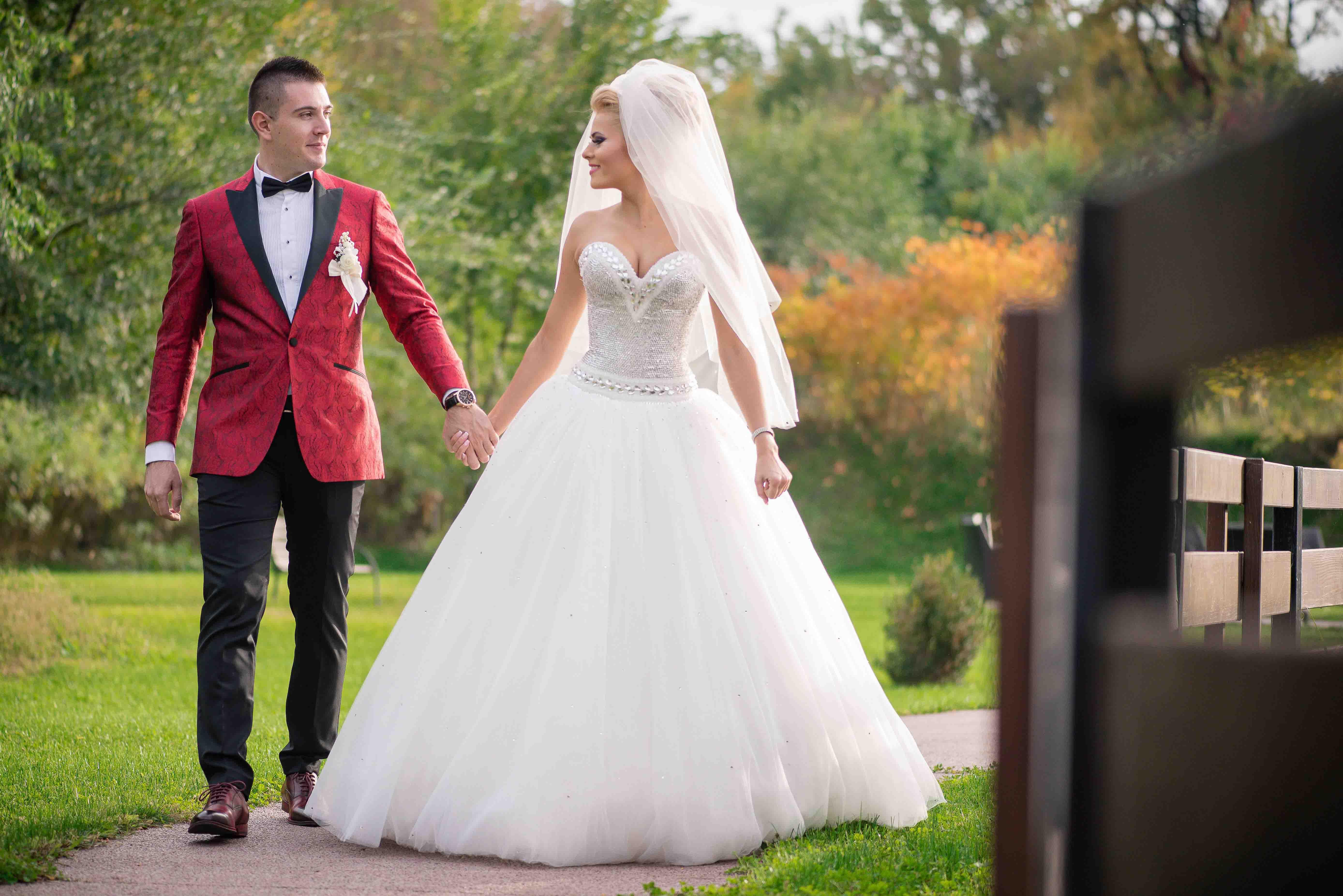 Fotograf nunta Bucuresti, Ploiesti, Brasov - Catalin Soare. Scurta sedinta foto in ziua nuntii.